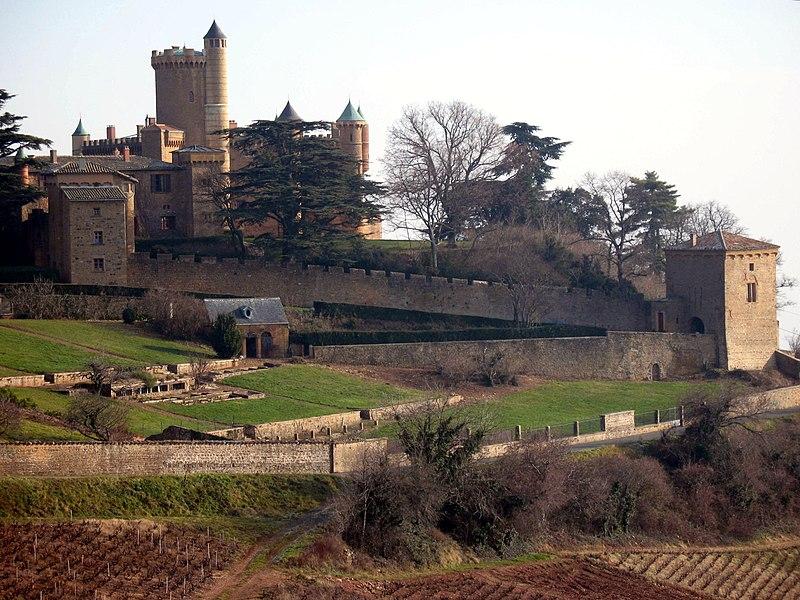 Photo du Monument Historique Château de Montmelas (également sur commune de Saint-Julien) situé à Montmelas-Saint-Sorlin