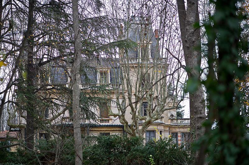Photo du Monument Historique Villa et jardin Bagatelle situé à Irigny