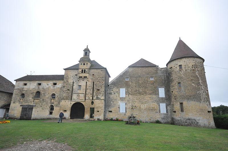 Photo du Monument Historique Château situé à Bougey