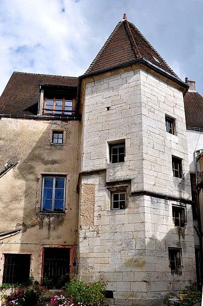 Photo du Monument Historique Hôtel de Conflans situé à Gray