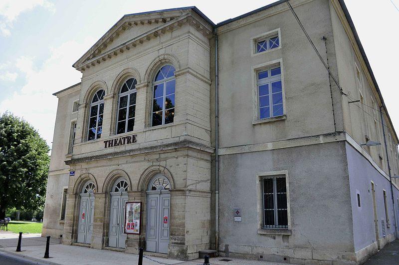 Photo du Monument Historique Théâtre situé à Gray