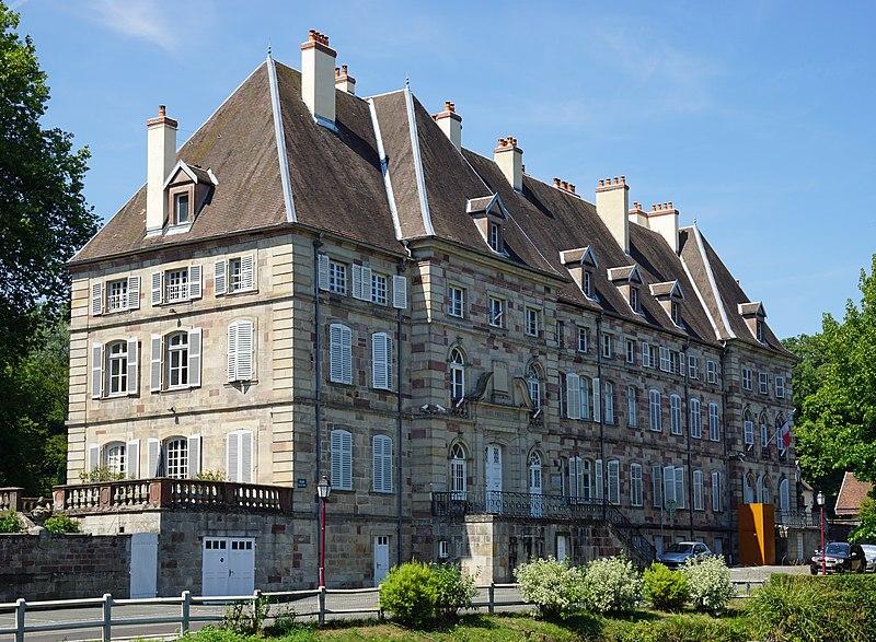 Photo du Monument Historique Ancienne abbaye de Lure ou ancienne abbaye de Murbach situé à Lure