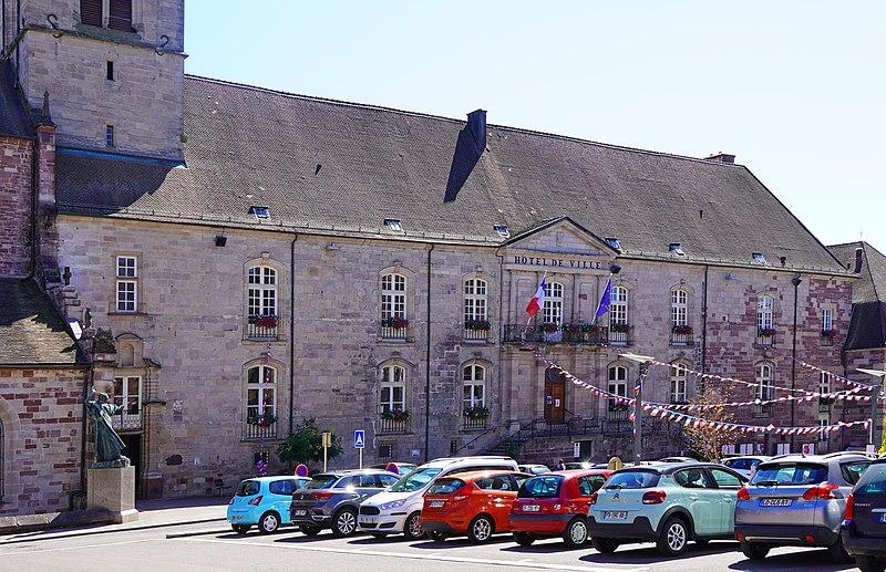 Photo du Monument Historique Ancienne abbaye Saint-Colomban situé à Luxeuil-les-Bains