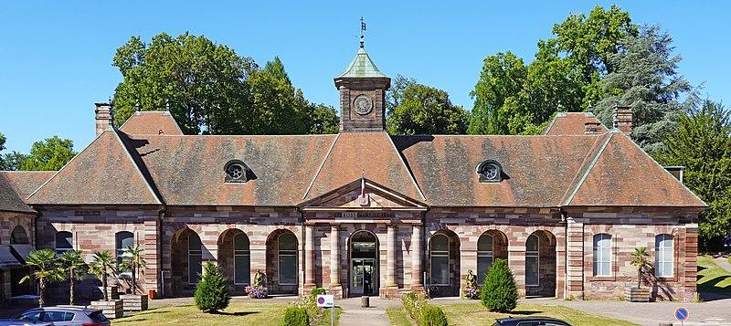 Photo du Monument Historique Etablissement thermal situé à Luxeuil-les-Bains