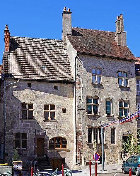 Photo du Monument Historique Maison dite Espagnole situé à Luxeuil-les-Bains