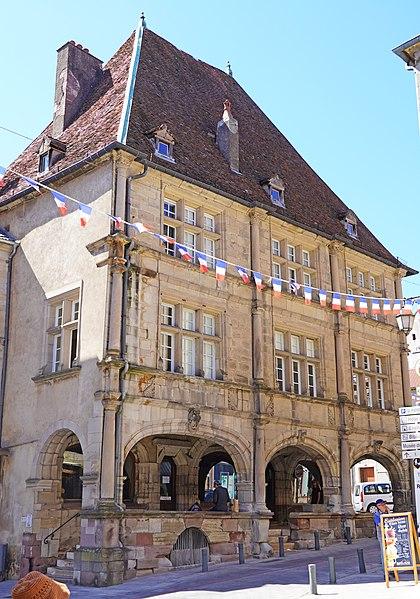 Photo du Monument Historique Maison dite de François Ier situé à Luxeuil-les-Bains