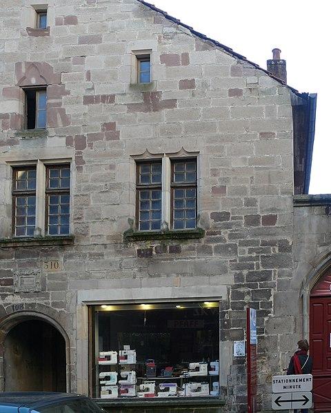 Photo du Monument Historique Maison du 15e siècle situé à Luxeuil-les-Bains