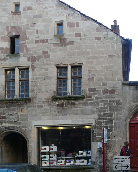 Photo du Monument Historique Maison du 15s situé à Luxeuil-les-Bains