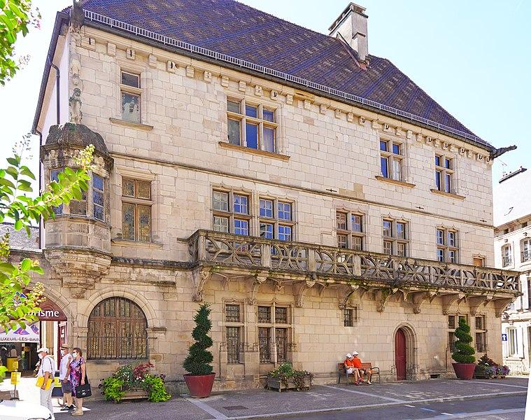Photo du Monument Historique Maison dite du Cardinal Jouffroy situé à Luxeuil-les-Bains