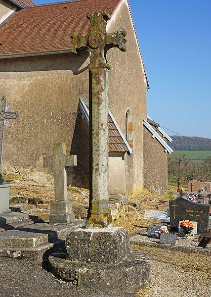 Photo du Monument Historique Croix de cimetière situé à Montjustin-et-Velotte