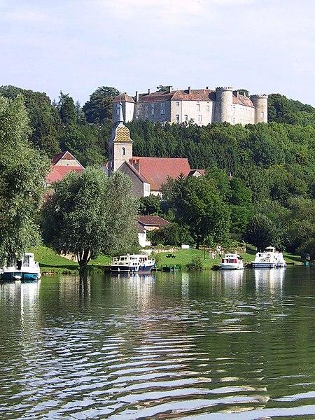 Photo du Monument Historique Château situé à Ray-sur-Saône