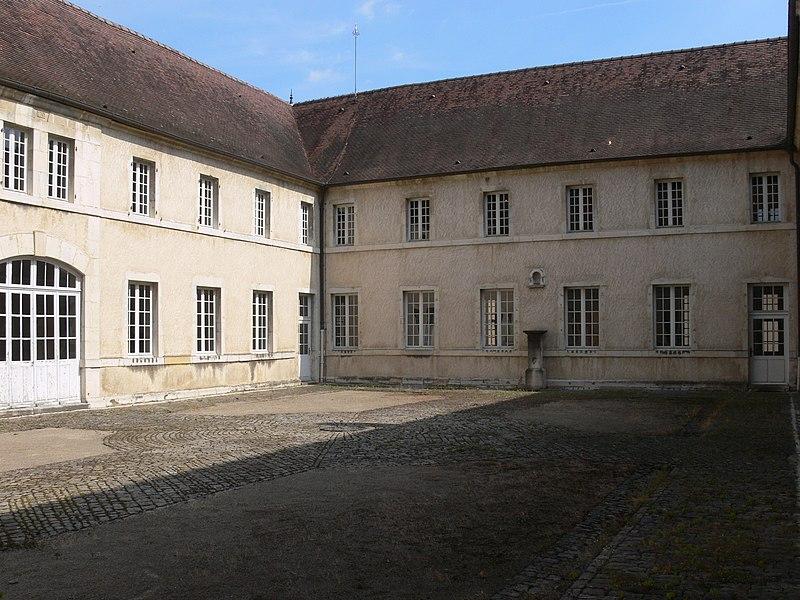 Photo du Monument Historique Couvent des Ursulines situé à Vesoul