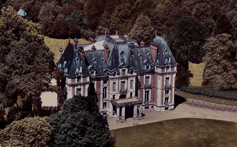 Photo du Monument Historique Demeure d'industriel dite Château situé à Breuches