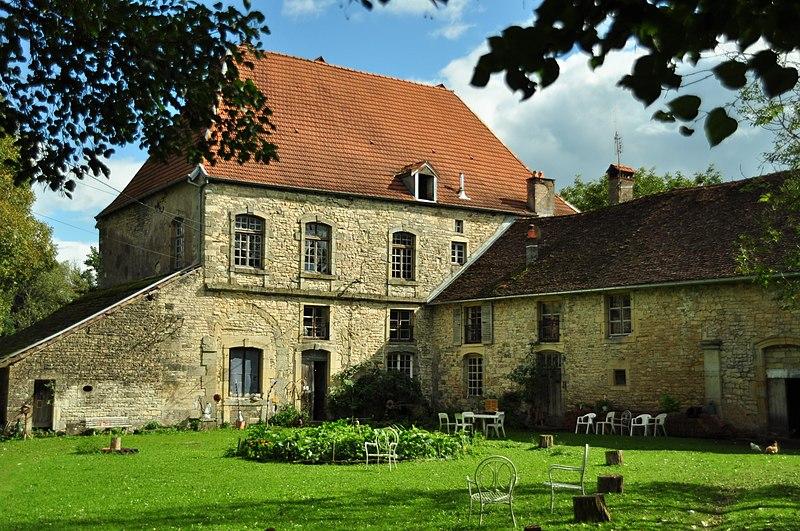 Photo du Monument Historique Ancienne abbaye Notre-Dame de Bithaine situé à Adelans-et-le-Val-de-Bithaine