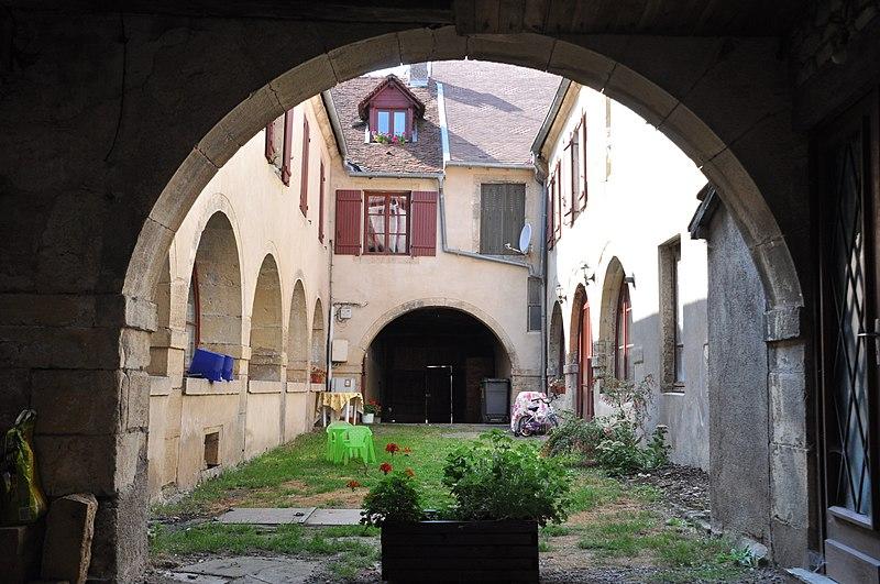 Photo du Monument Historique Anciennes halles situé à Faverney
