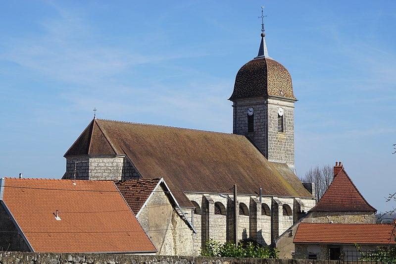 Photo du Monument Historique Eglise de la Nativité de Notre-Dame situé à Vezet