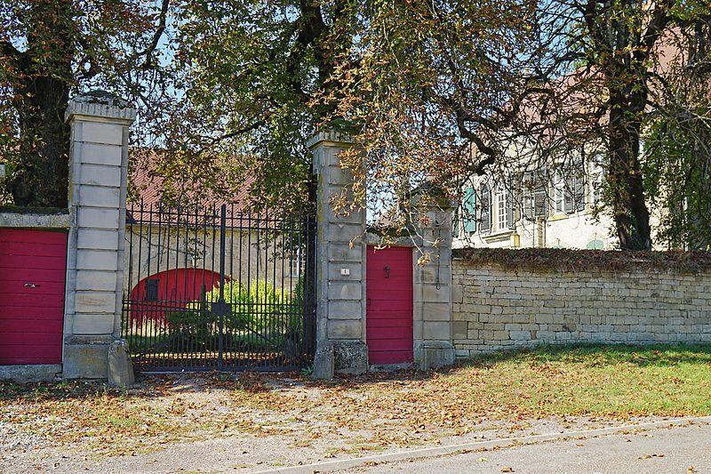 Photo du Monument Historique Maison dite château d' Amblans situé à Amblans-et-Velotte