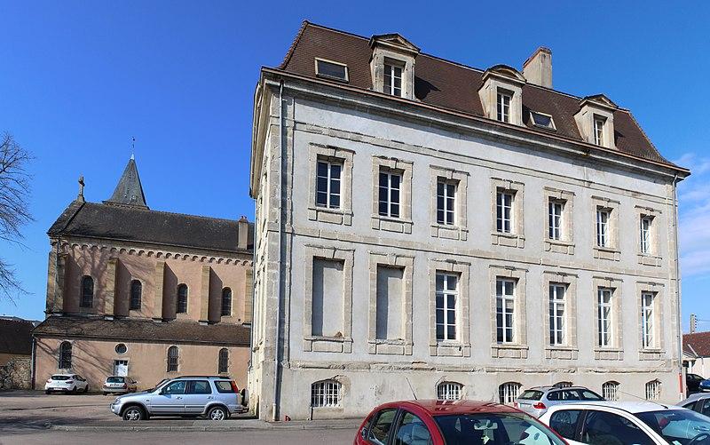 Photo du Monument Historique Abbaye de Saint-Jean-Le-Grand situé à Autun