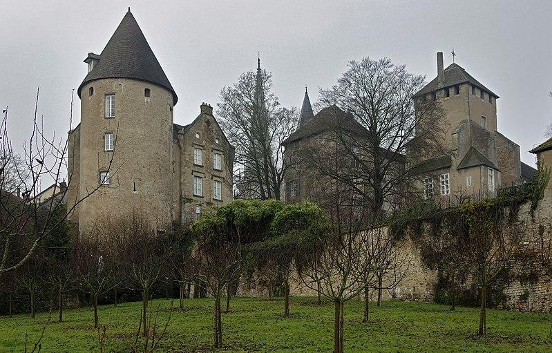 Photo du Monument Historique Ancien évêché situé à Autun