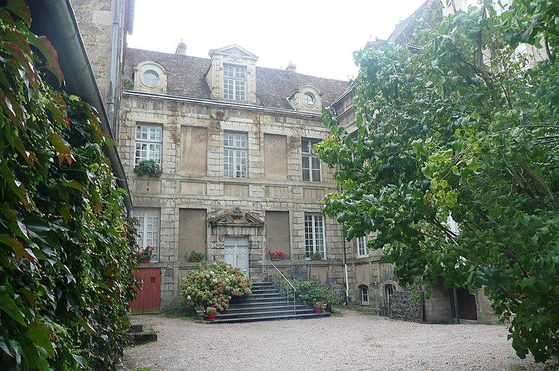 Photo du Monument Historique Hôtel de Chevannes situé à Autun