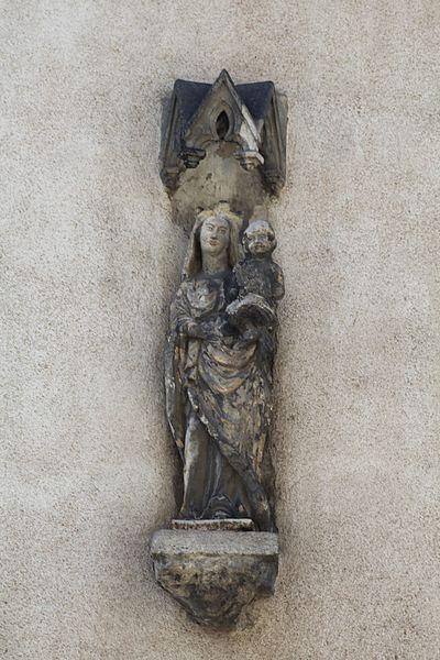 Photo du Monument Historique Statue de la Vierge à l'enfant situé à Autun