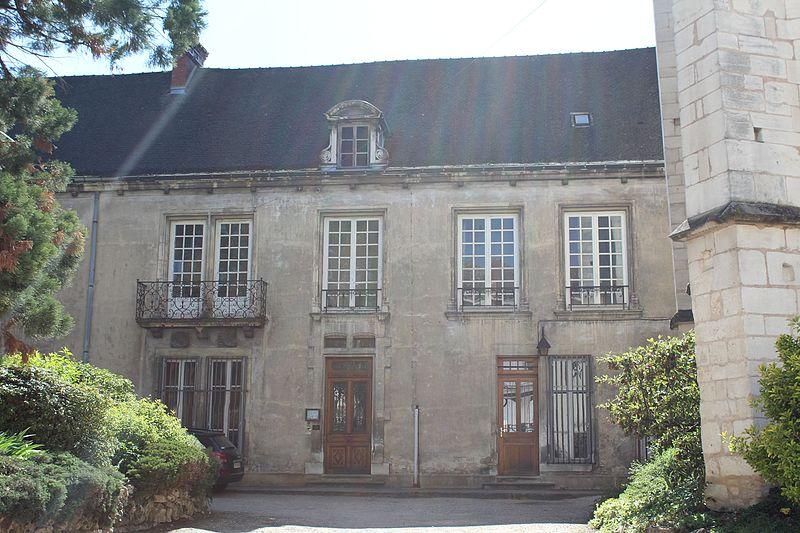 Photo du Monument Historique Cloître capitulaire de Saint-Vincent situé à Chalon-sur-Saône
