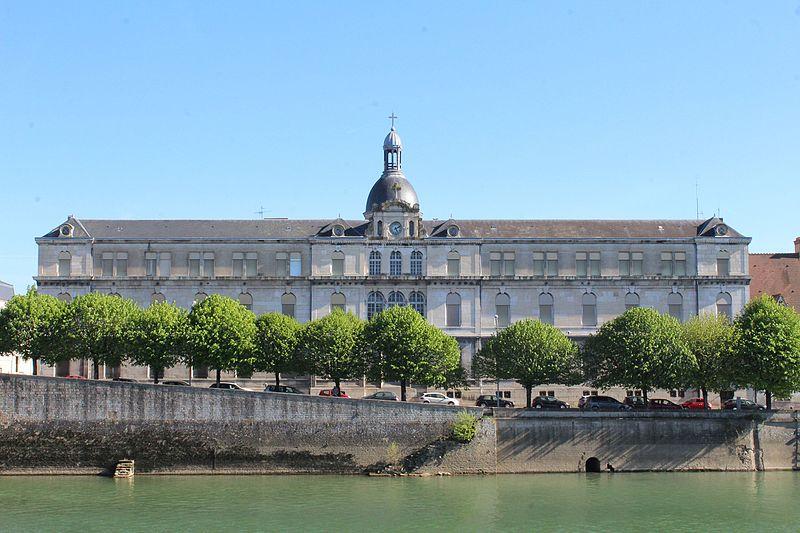 Photo du Monument Historique Hôpital situé à Chalon-sur-Saône