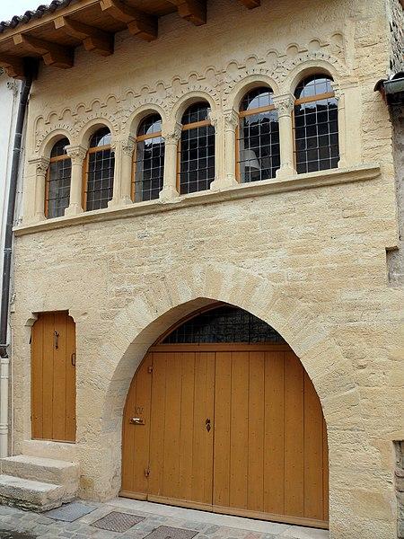 Photo du Monument Historique Maison romane situé à Cluny