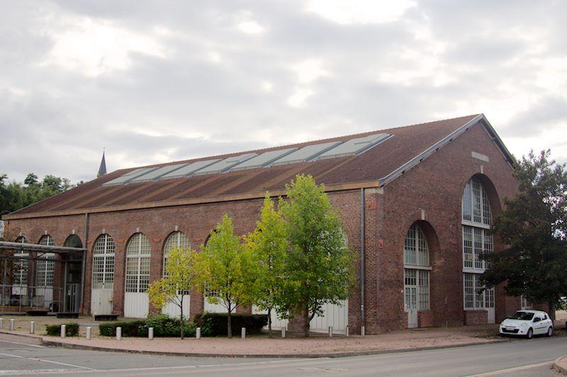 Photo du Monument Historique Usines Schneider  , ou ancienne halle aux grues et aux machines situé à Le Creusot