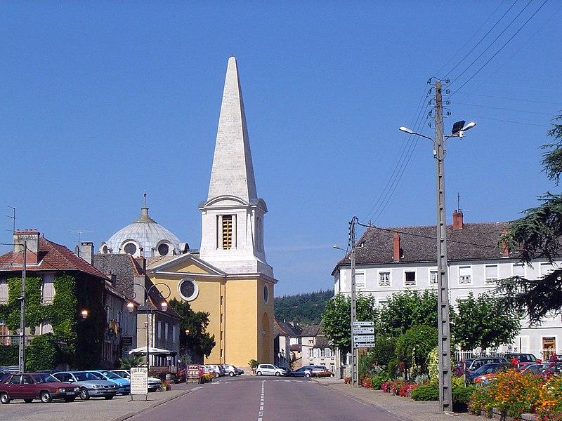 Photo du Monument Historique Eglise Saints-Pierre-et-Paul situé à Givry