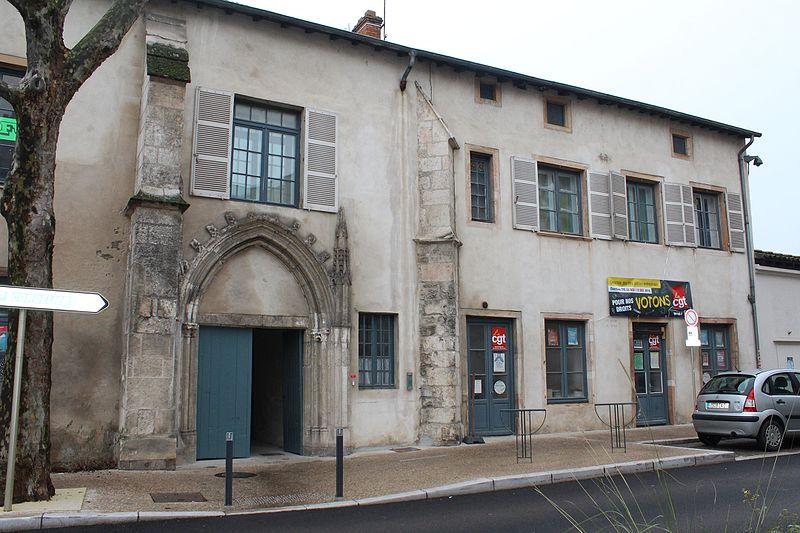 Photo du Monument Historique Couvent des Cordeliers  ou ancienne gendarmerie situé à Mâcon