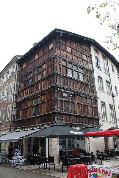 Photo du Monument Historique Immeuble dit La maison de Bois situé à Mâcon