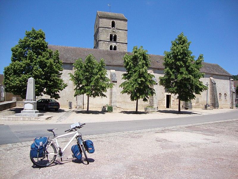Photo du Monument Historique Eglise Saint-Symphorien situé à Mercurey