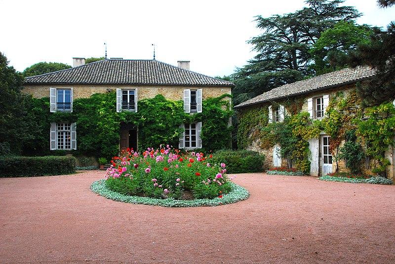Photo du Monument Historique Maison de Lamartine situé à Milly-Lamartine