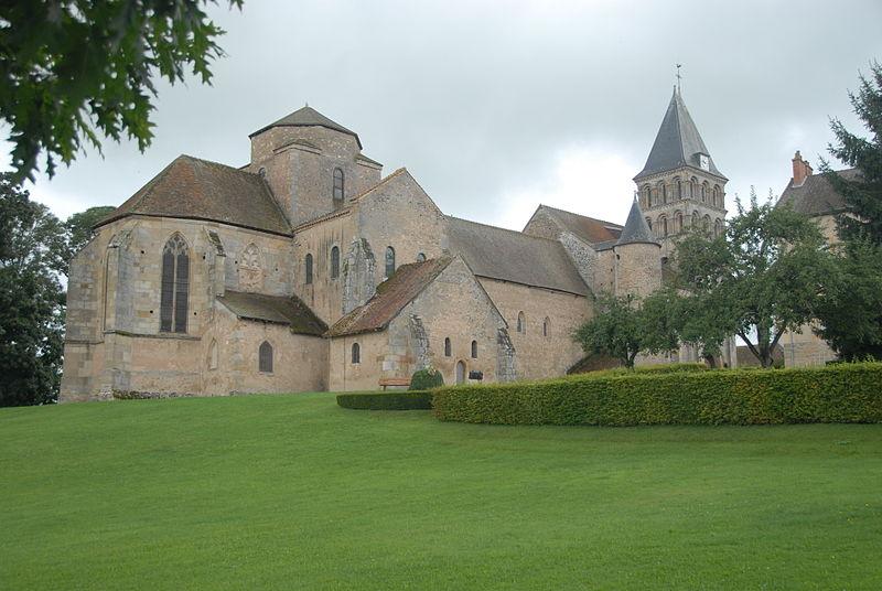 Photo du Monument Historique Eglise Saint-Pierre et Saint-Benoît situé à Perrecy-les-Forges