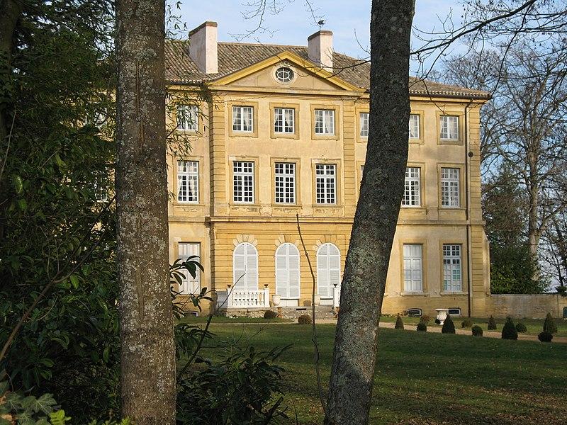 Photo du Monument Historique Château situé à Rosey