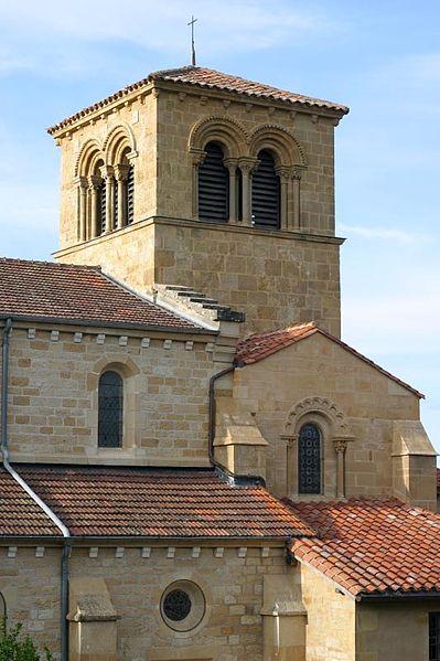 Photo du Monument Historique Eglise à l'exception du beffroi et de la nef situé à Saint-Bonnet-de-Cray