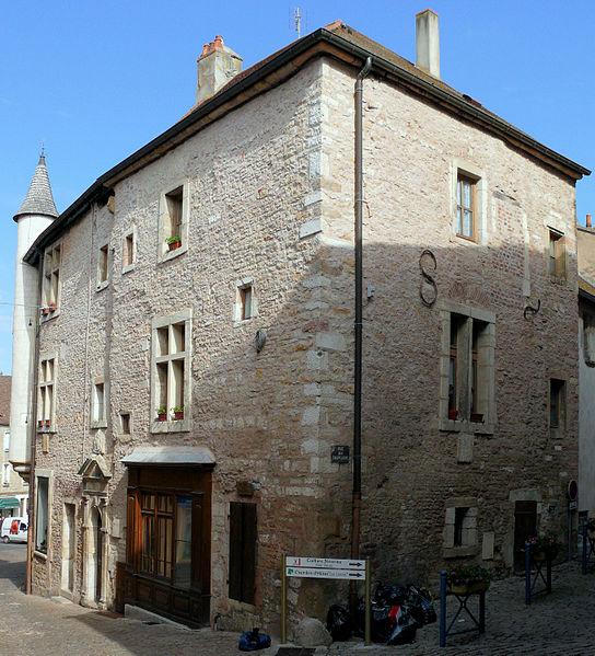 Photo du Monument Historique Maison dite des Concurés situé à Saint-Gengoux-le-National