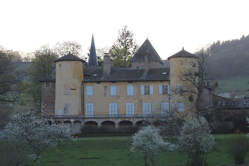 Photo du Monument Historique Château de Lamartine situé à Saint-Point