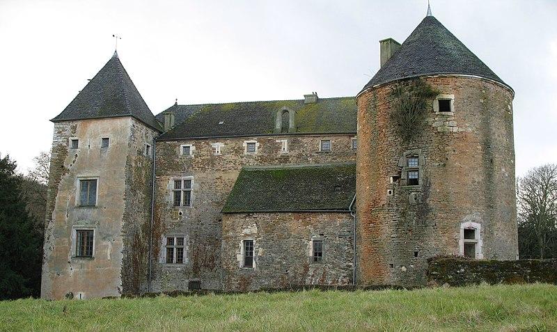 Photo du Monument Historique Château de Ruffey situé à Sennecey-le-Grand