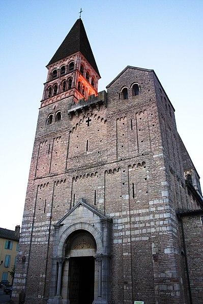 Photo du Monument Historique Ancienne abbaye Saint-Philibert situé à Tournus