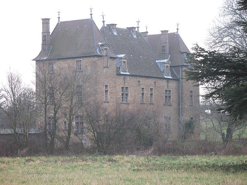 Photo du Monument Historique Château de Beaulieu situé à Varennes-lès-Mâcon