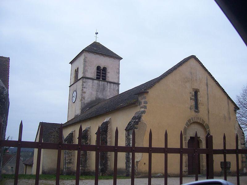 Photo du Monument Historique Eglise Saint-Pierre situé à Curtil-sous-Burnand