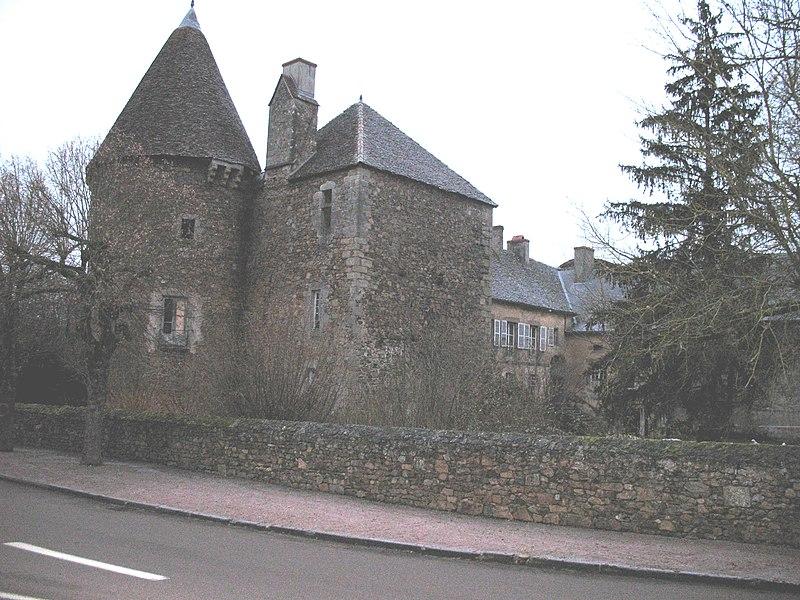 Photo du Monument Historique Château situé à Chissey-en-Morvan