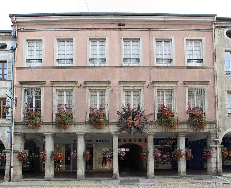 Photo du Monument Historique Théâtre municipal situé à Louhans