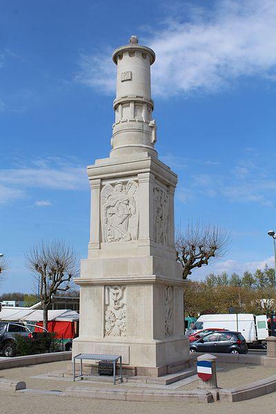 Photo du Monument Historique Monument aux morts situé à Montceau-les-Mines
