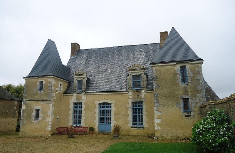 Photo du Monument Historique Manoir de la Faverie situé à Beaumont-Pied-de-Boeuf