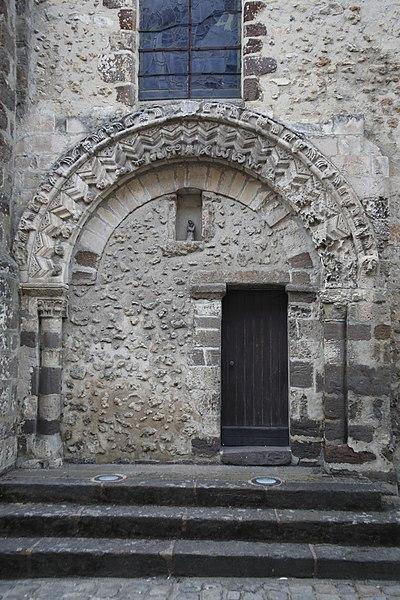 Photo du Monument Historique Eglise situé à Beaumont-sur-Sarthe