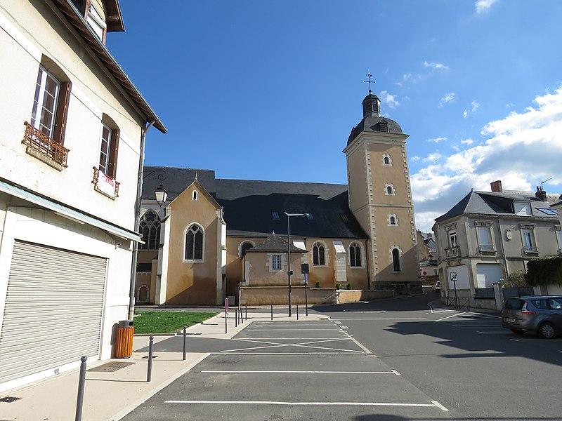 Photo du Monument Historique Eglise situé à Château-du-Loir