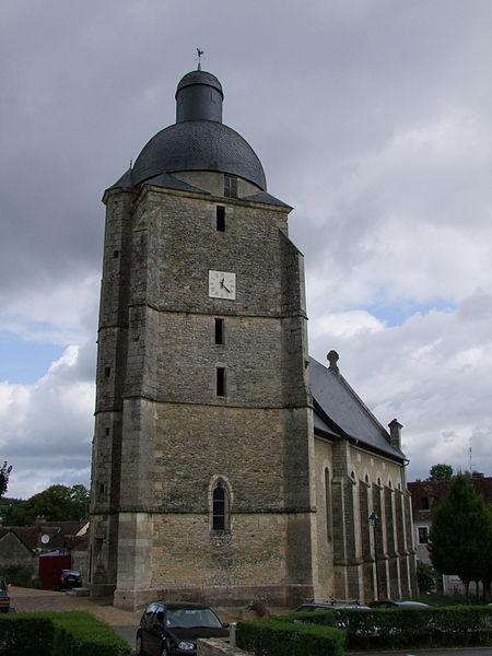 Photo du Monument Historique Tour situé à Cherré